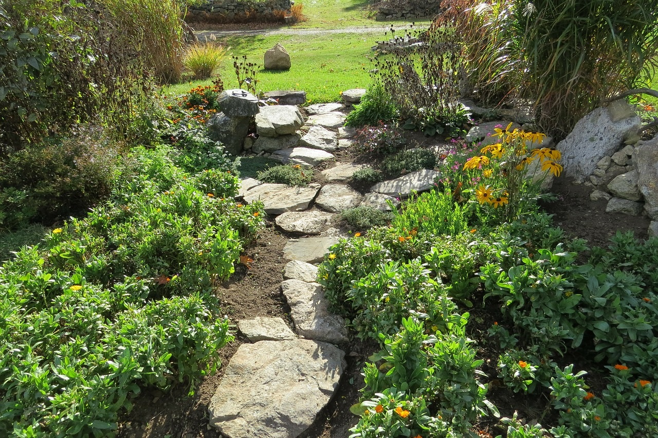 Where and Why to Mulch Your Lawn and Landscaping